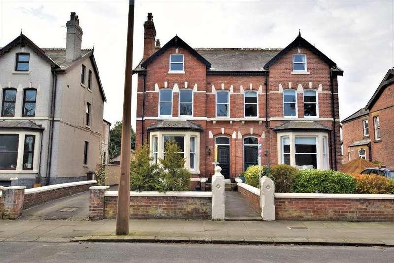 3 Bedrooms Maisonette Flat for sale in Cambridge Road, Lytham St. Annes