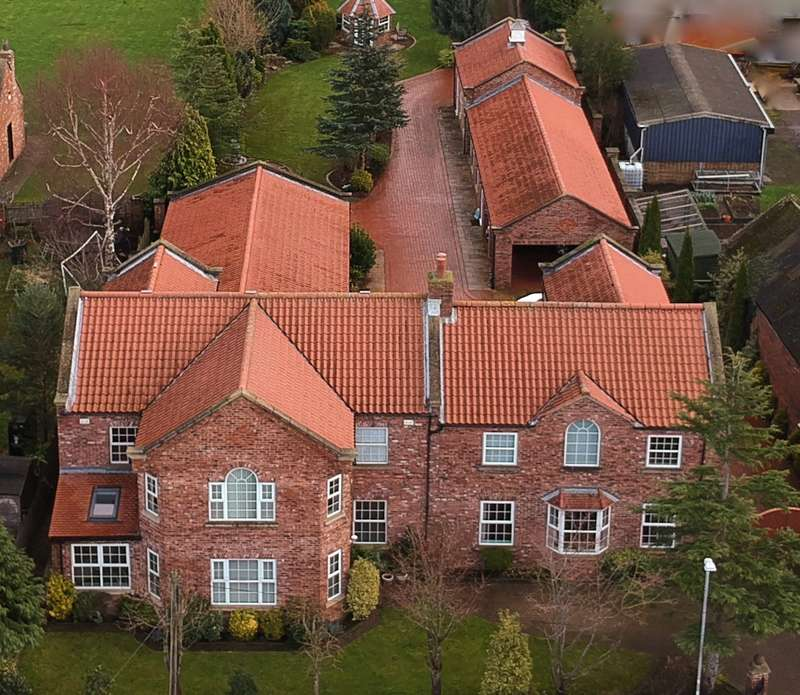 6 Bedrooms Detached House for sale in York Road, Cliffe, Selby, YO8