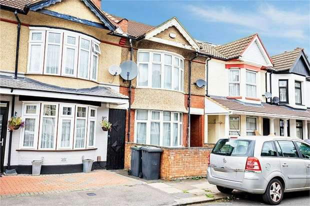3 Bedrooms Terraced House for sale in Highfield Road, Luton, Bedfordshire