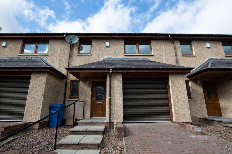 3 Bedrooms Terraced House for sale in Gourdie Street , Dundee DD2