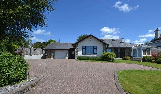4 Bedrooms Detached Bungalow for sale in Launceston Road, Callington, Cornwall