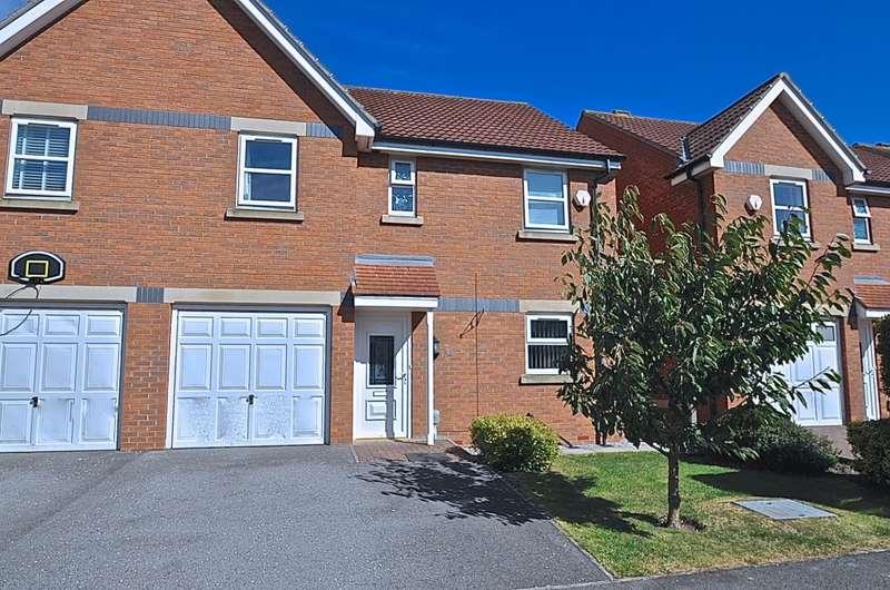 4 Bedrooms Link Detached House for sale in Thamesbrook, Hull, HU7