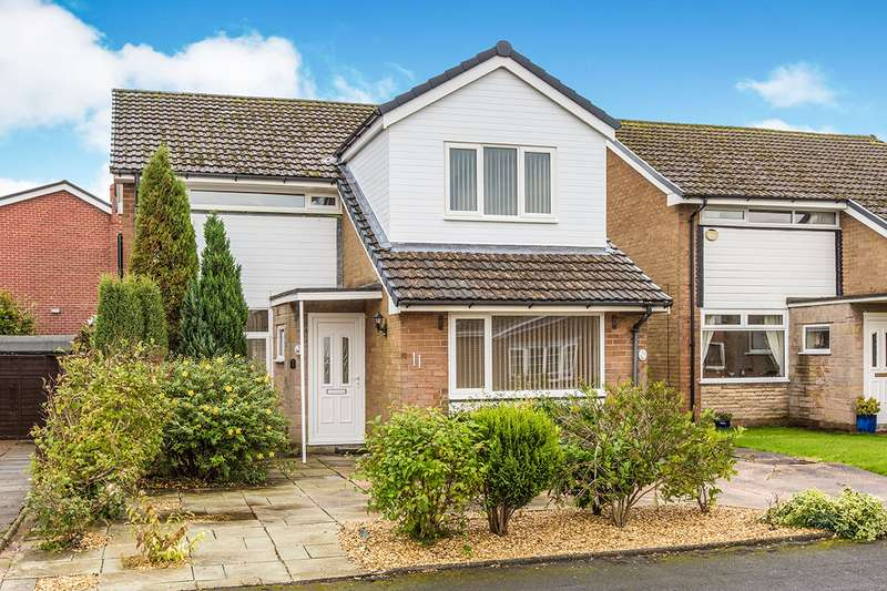 4 Bedrooms Detached House for sale in Baytree Road, Clayton-Le-Woods, Chorley, Lancashire, PR6