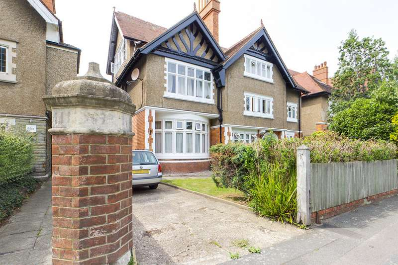 Property for rent in Grimston Avenue, Folkestone CT20