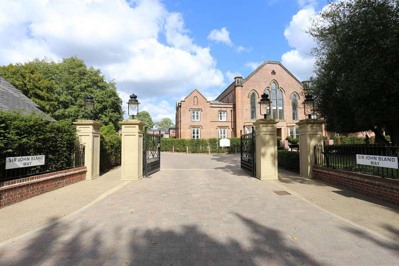 3 Bedrooms Apartment Flat for sale in Chapel House, St James Park, Didsbury, Manchester, M20