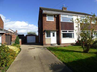 3 Bedrooms Semi Detached House for sale in Thirlmere Road, Whitby, Ellesmere Port, Cheshire, CH65