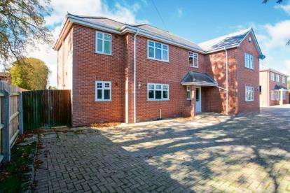 5 Bedrooms Detached House for sale in March, Cambridgeshire
