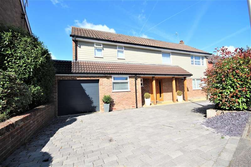 4 Bedrooms Detached House for sale in Lakeside, Bracknell
