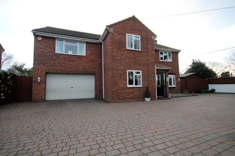 5 Bedrooms Detached House for sale in Connaught Road, Weeley