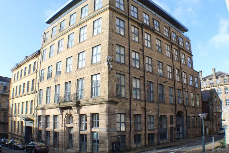 2 Bedrooms Flat for sale in Scoresby Street, Bradford, West Yorkshire, BD1