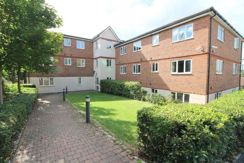 2 Bedrooms Flat for sale in Treetop Close, Luton, Bedfordshire, LU2 0JZ