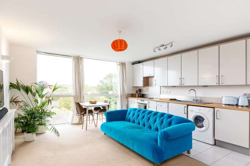 1 Bedroom Flat for sale in Mapleton Road, Wandsworth, SW18