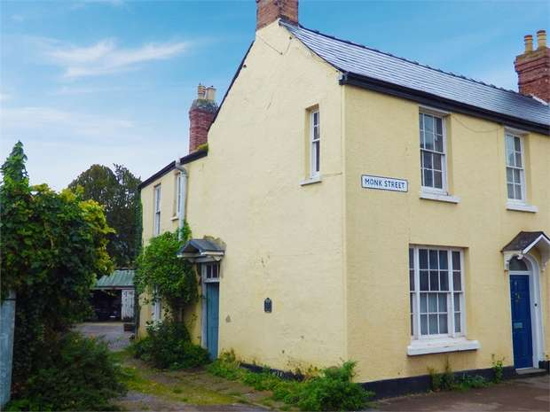 4 Bedrooms Semi Detached House for sale in Monk Street, Monmouth