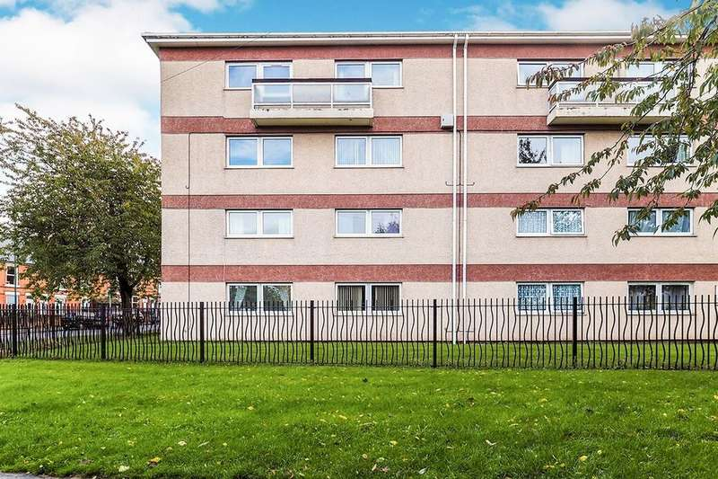 2 Bedrooms Flat for sale in St. Albans Road, Nottingham, NG6