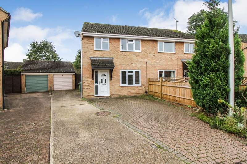 3 Bedrooms Semi Detached House for sale in Lucey Close, Tilehurst, Reading, RG31