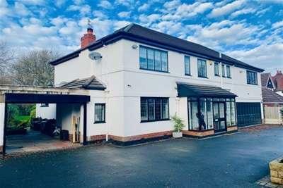 5 Bedrooms House for rent in Gibwood Road, Northenden