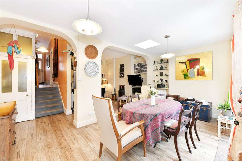 5 Bedrooms Property for sale in The Grove, Finchley
