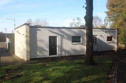 1 Bedroom Bungalow for sale in McGregor Road, Seafar