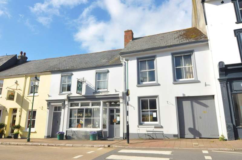 5 Bedrooms Town House for sale in Church Street, Modbury, South Devon