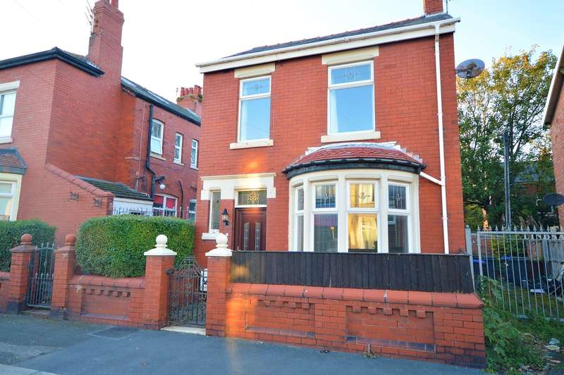 2 Bedrooms Detached House for sale in Lindsay Avenue, Stanley Park, FY3