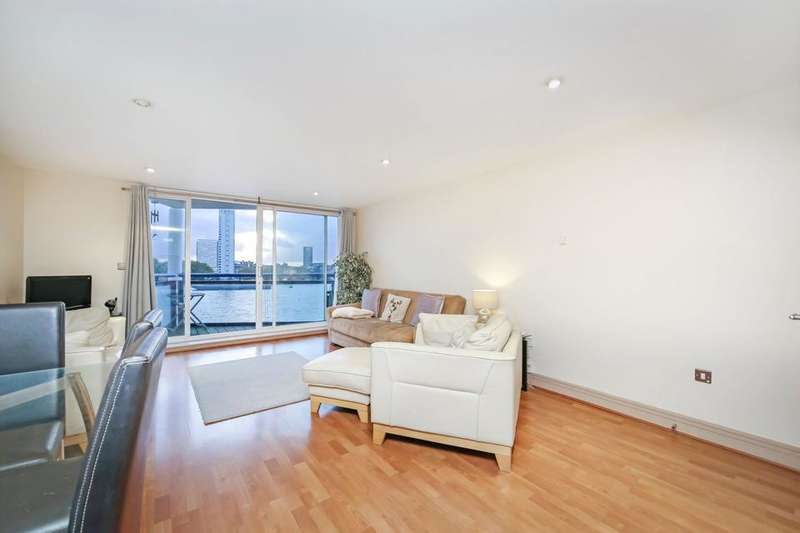 2 Bedrooms Flat for sale in Newton Place, London E14