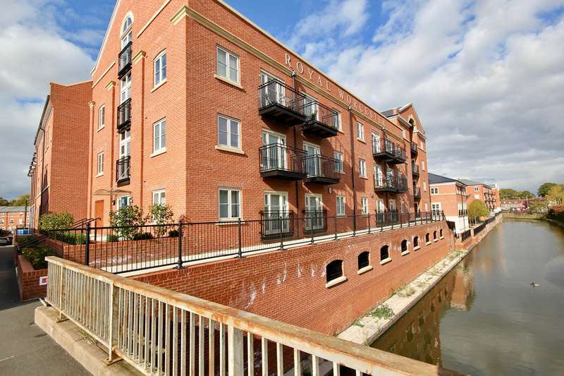 2 Bedrooms Apartment Flat for sale in Diglis, Worcester, WR1