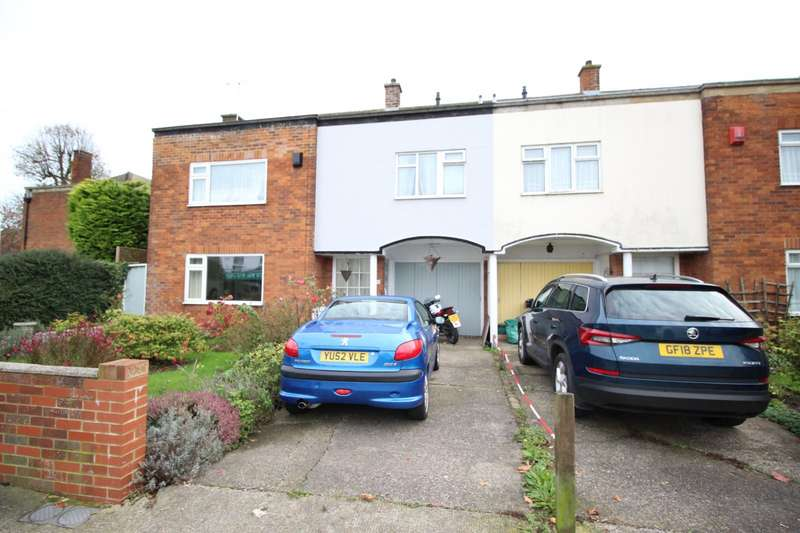 3 Bedrooms Semi Detached House for sale in Dover Road, Walmer, Deal, Kent, CT14
