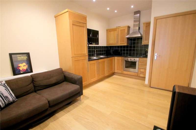 1 Bedroom Flat for sale in Bradley House, BRISTOL BS1