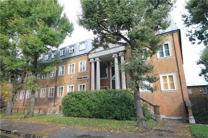 2 Bedrooms Flat for sale in Beckenham Road, Beckenham, Kent, BR3 4RN