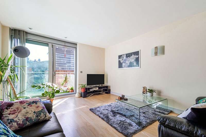 2 Bedrooms Apartment Flat for sale in Great Northern Tower, 1 Watson Street, Manchester, M3