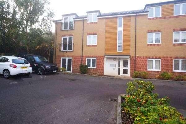 1 Bedroom Apartment Flat for sale in Hollybrook Park, Kingswood, Bristol, BS15 1ST