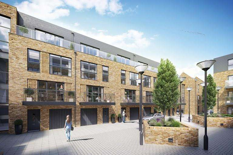 4 Bedrooms Town House for sale in Riverside, Swan Street, Old Isleworth