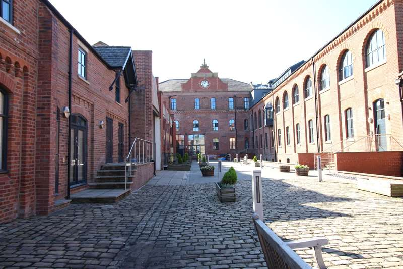 1 Bedroom Flat for sale in Queens Brewery Court, 46 Moss Lane West, Manchester, M15 5FB