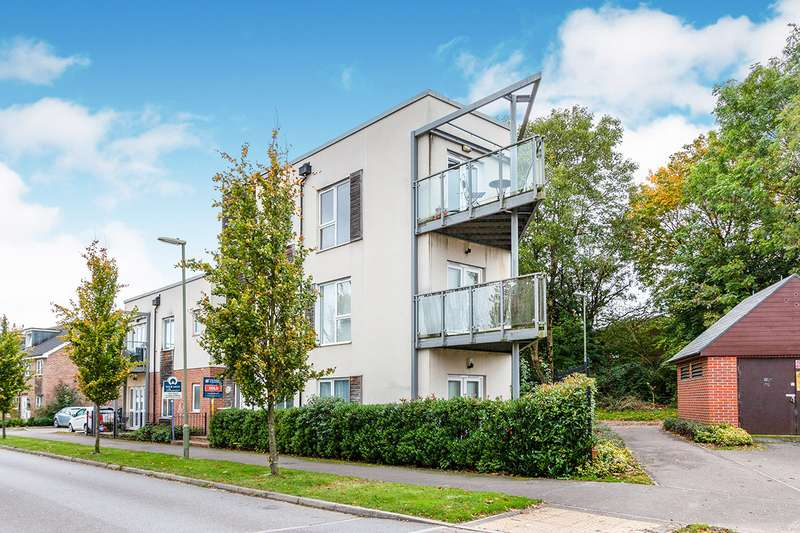 1 Bedroom Apartment Flat for sale in John Hunt Drive, Basingstoke, Hampshire, RG24