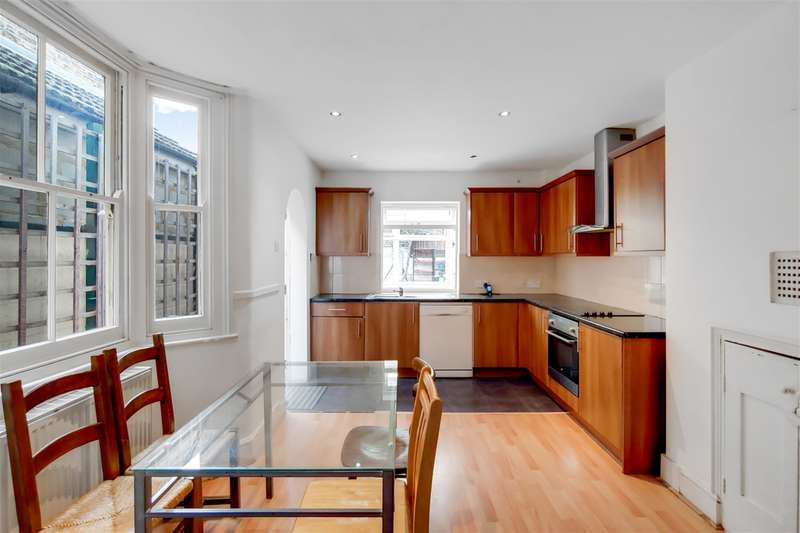 4 Bedrooms Terraced House for sale in Francis Road, London, London, E10 6NJ