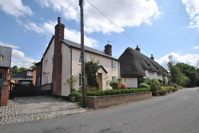 4 Bedrooms Detached House for sale in The Causeway, Furneux Pelham, Buntingford, SG9 0LW