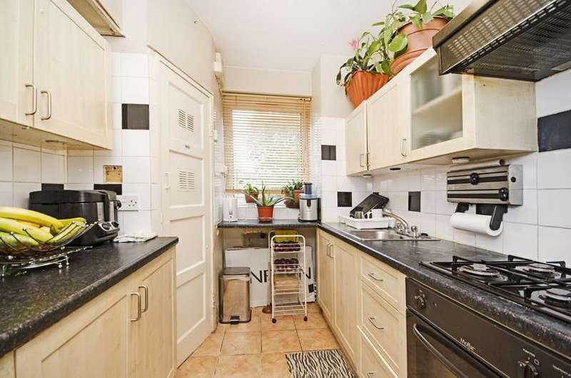 1 Bedroom Flat for sale in Cecilia Road, Dalston, E8