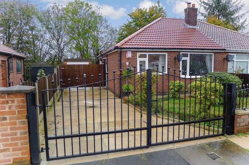 3 Bedrooms Property for sale in Bradford Park Drive, Bolton