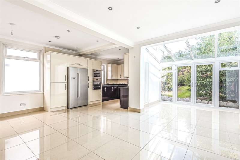 4 Bedrooms Semi Detached House for sale in Rickmansworth Road, Watford, Hertfordshire, WD18