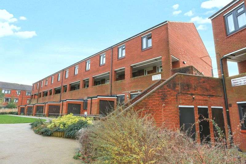 1 Bedroom Property for sale in Wildwood Close, London, Greater London, SE12