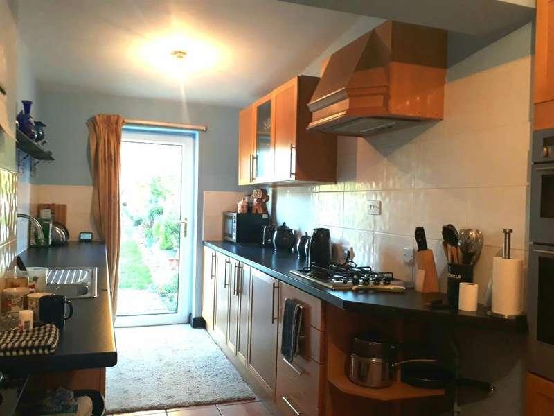 4 Bedrooms Semi Detached House for sale in Sefton Avenue, Walsoken, Wisbech, Cambridgeshire, PE13 3QW