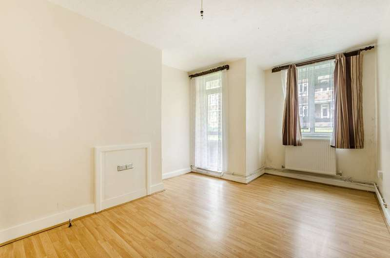 2 Bedrooms Flat for sale in York Hill, West Norwood, SE27