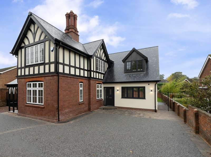 4 Bedrooms Property for sale in Lodge Lane, Kingswinford