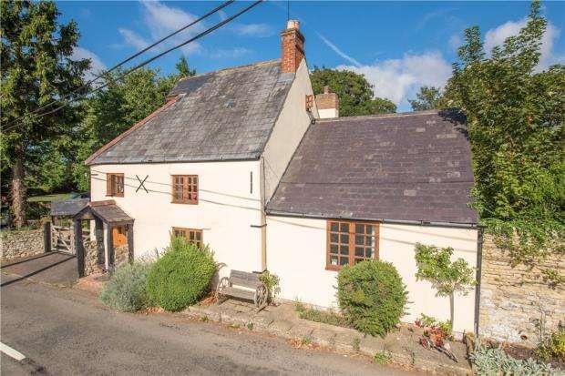 3 Bedrooms Detached House for sale in Lillingstone Lovell, Buckingham, Buckinghamshire
