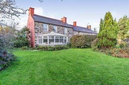 6 Bedrooms Detached House for sale in Pentre Uchaf, Pwllheli, Gwynedd, ., LL53