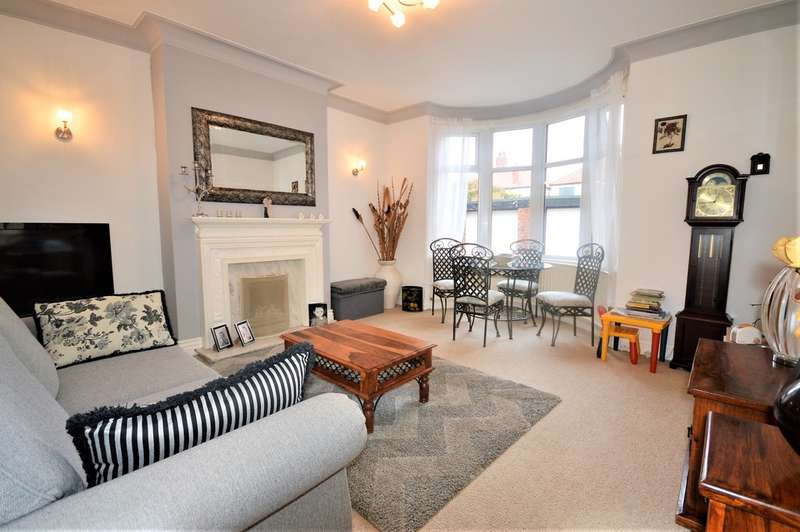 4 Bedrooms Semi Detached House for sale in Burlington Road, South Shore, FY4