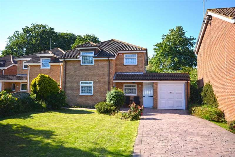 4 Bedrooms Detached House for sale in Parkwood Close, Broadstairs, Kent