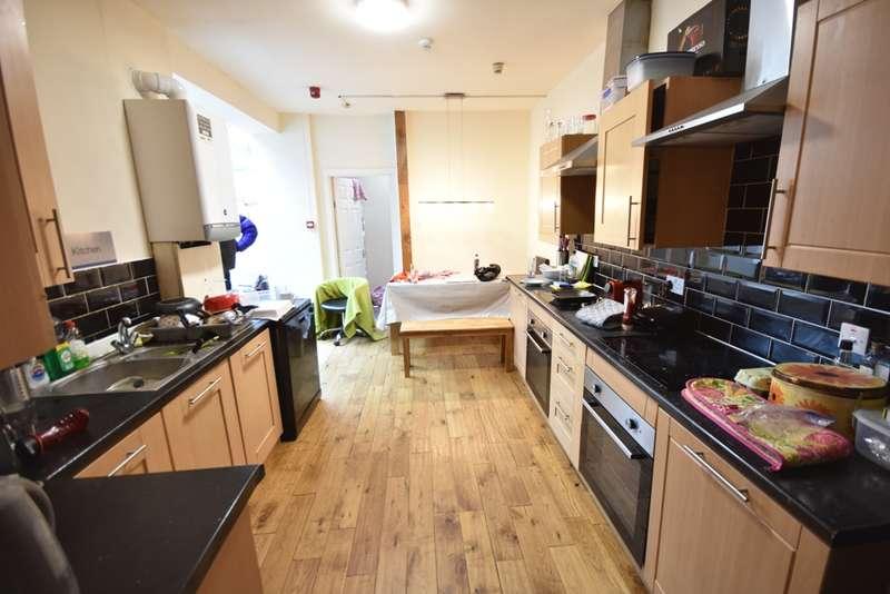 8 Bedrooms Terraced House for rent in Queens Terrace, Jesmond