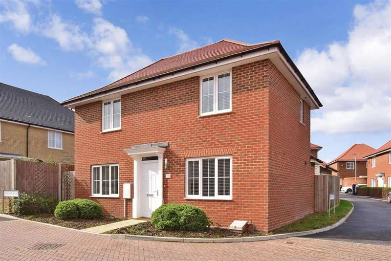 3 Bedrooms Detached House for sale in Harrison Road, , Aylesham, Canterbury, Kent