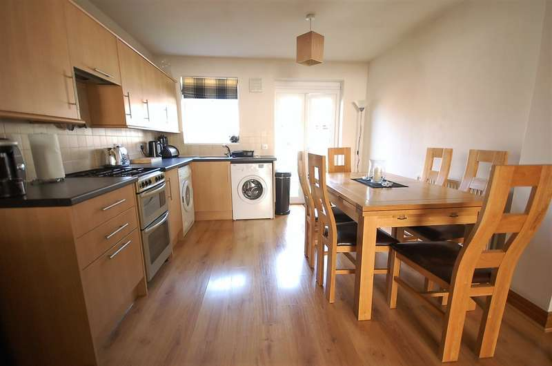 2 Bedrooms Terraced House for sale in Ivy Avenue, Blackpool